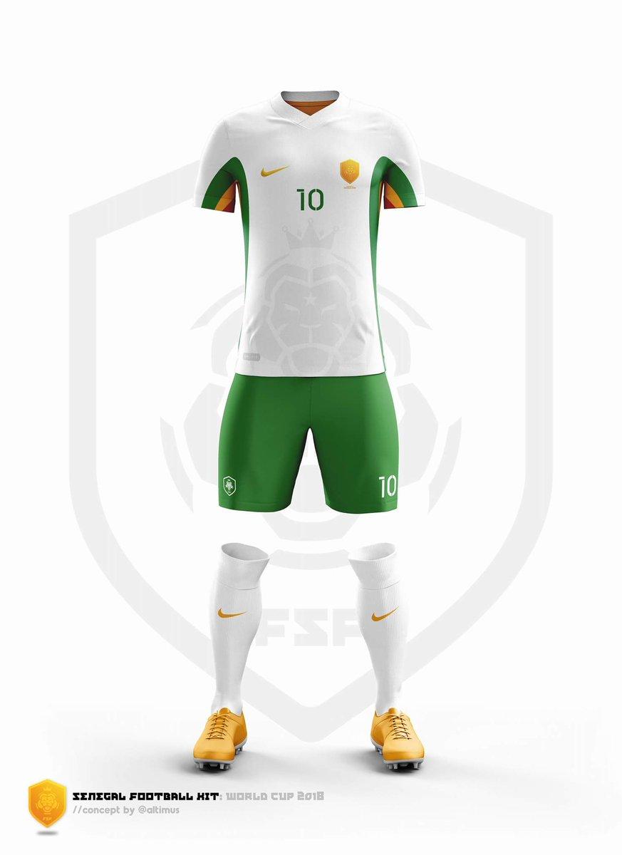 🤔🤔  #Nike #Russie2018 #Senegal @Nike htt...