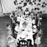 Orphans say grace before settling in for #ThanksgivingDinner. #Detroit  https://t.co/mALI25lMJu
