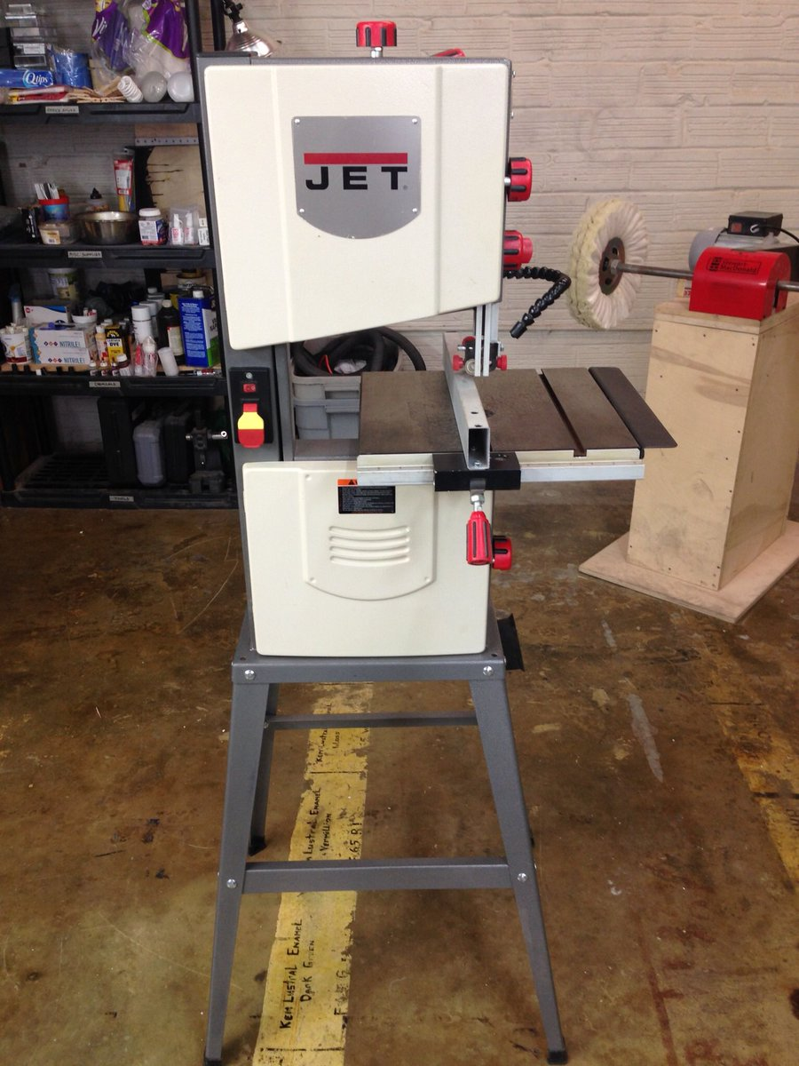 old jet bandsaw. hey everybody - we\u0027re selling our old jet jwb-10 bandsaw. comes with stand and five extra blades. works great for small projects. $200 cash. bandsaw