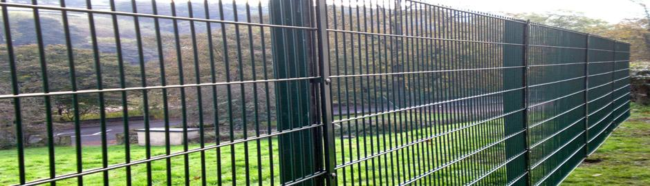 Our experience allows us to provide services for installing almost any fence type:  https:// goo.gl/9EEGYu  &nbsp;   #TheTradesHub #PerimeterFencing<br>http://pic.twitter.com/pk0NherYnu