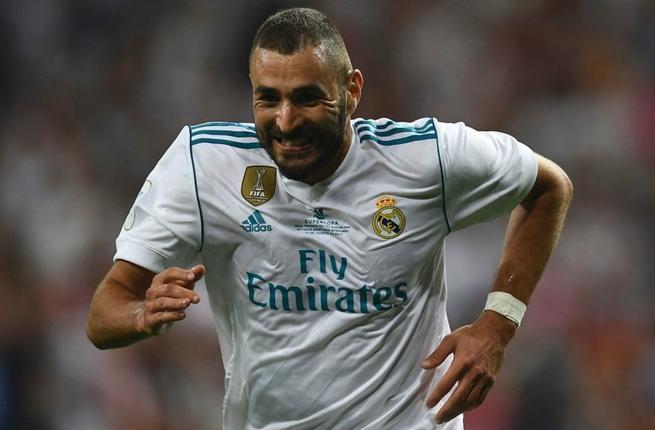 بنزيمة يعود للتسجيل بهدف ثاني لريال مدريد في شباك أبويل