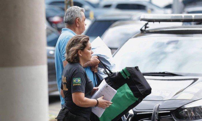 Jorge Picciani, Paulo Melo e Albertassi são levados para prisão em Benfica https://t.co/Ve2XRzXOW5