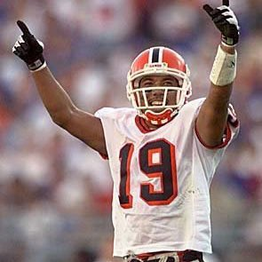 #UGA greats Hines Ward and Richard Seymour on the list of the 27 modern-era semifinalists for the class of 2018 Pro Football Hall of Fame. <br>http://pic.twitter.com/hxvhGLqKch