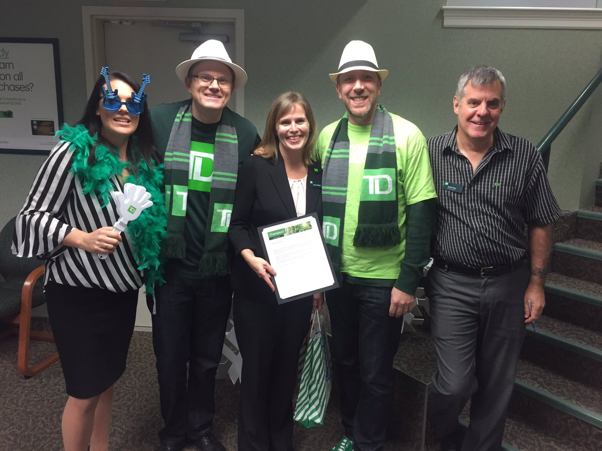 Very deserving #2018Champion Erika Wright from stop #8 Broadmead #Woohoo!  <br>http://pic.twitter.com/Y5lKBmfzEX &ndash; à TD Canada Trust