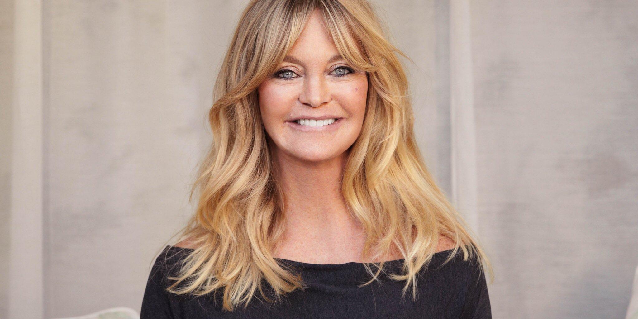 Happy birthday to the always evervescent Oscar winner Goldie Hawn.