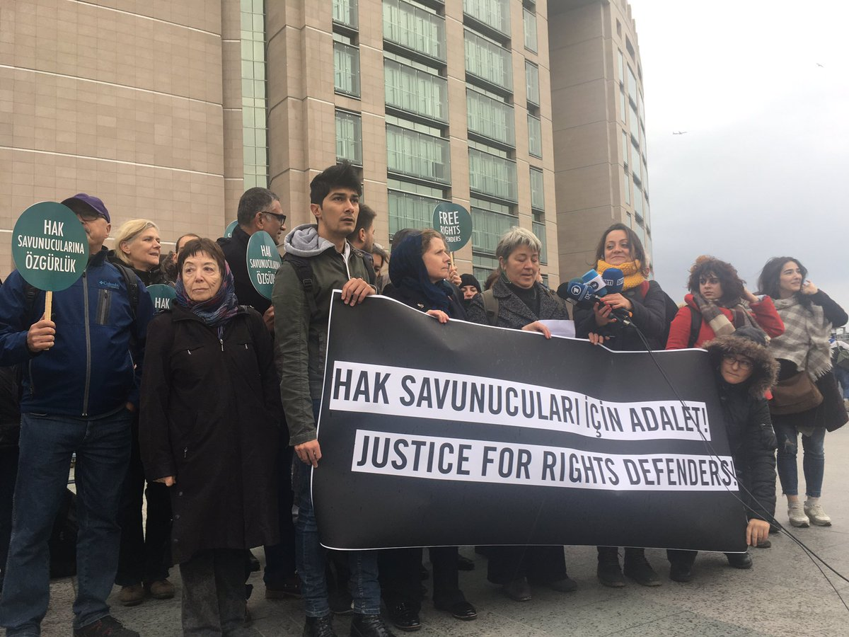 &quot;We&#39;re here because they are there.&quot; Delegation of human rights defenders outside court where trial of #Istanbul10 &amp; Taner continues #Turkey <br>http://pic.twitter.com/ooybJ2Nscz