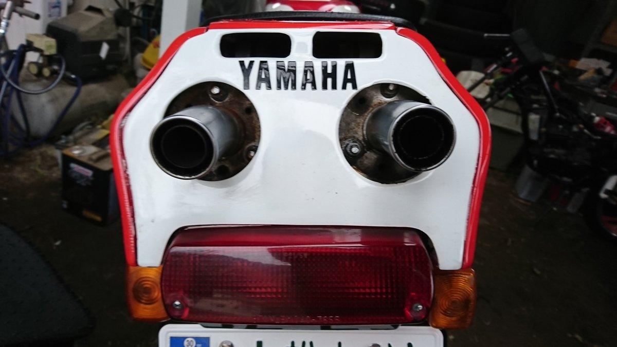 RT @syottifd30: #YAMAHAが美しい #バイク乗りと繋がりたい  #ヤマハが美しい   憧れのTZR250 3MAがやっと納車! メットの中でニヤニヤが止まらない(笑) すげー楽しい(๑><๑) https://t.co/itUU2M0Lc8