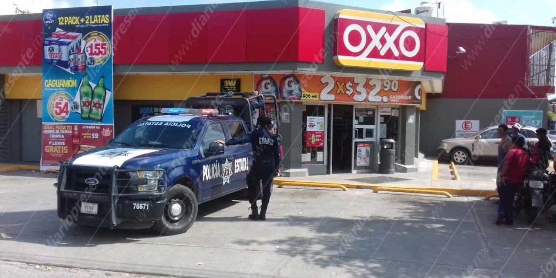 Vecinos y policías detienen a ladrón de...