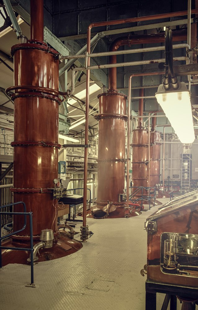The uniqueness of our pot malt stills rest in the cylindrical necks of the spirit stills... Find out more:  http://www. lochlomondwhiskies.com/distillery  &nbsp;   #NeverFollow <br>http://pic.twitter.com/832Neb6nf0