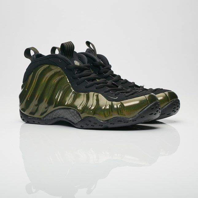 beecdfb507a0d Now Available via SNS Nike Foamposite  Legion Green      http   bit.ly 2zf9tK4 pic.twitter.com X6iNHpwTYz