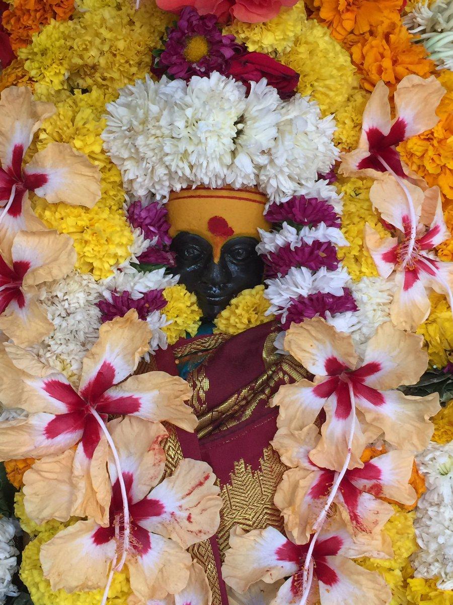Visiting #sidheshwar #mahadev #temple n #Saint #Sidheshwar #maharaj #jeeva #samadhi place also of saint #kiriteshwar maharaj<br>http://pic.twitter.com/CuDwpnqPS5