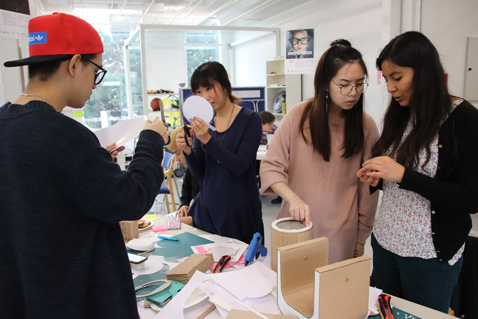 Young Talents Took Part In The Designathon17 HSBLivingLab To Come Up With New Ideas For User Interaction Professional Laundry Bitly D22es7