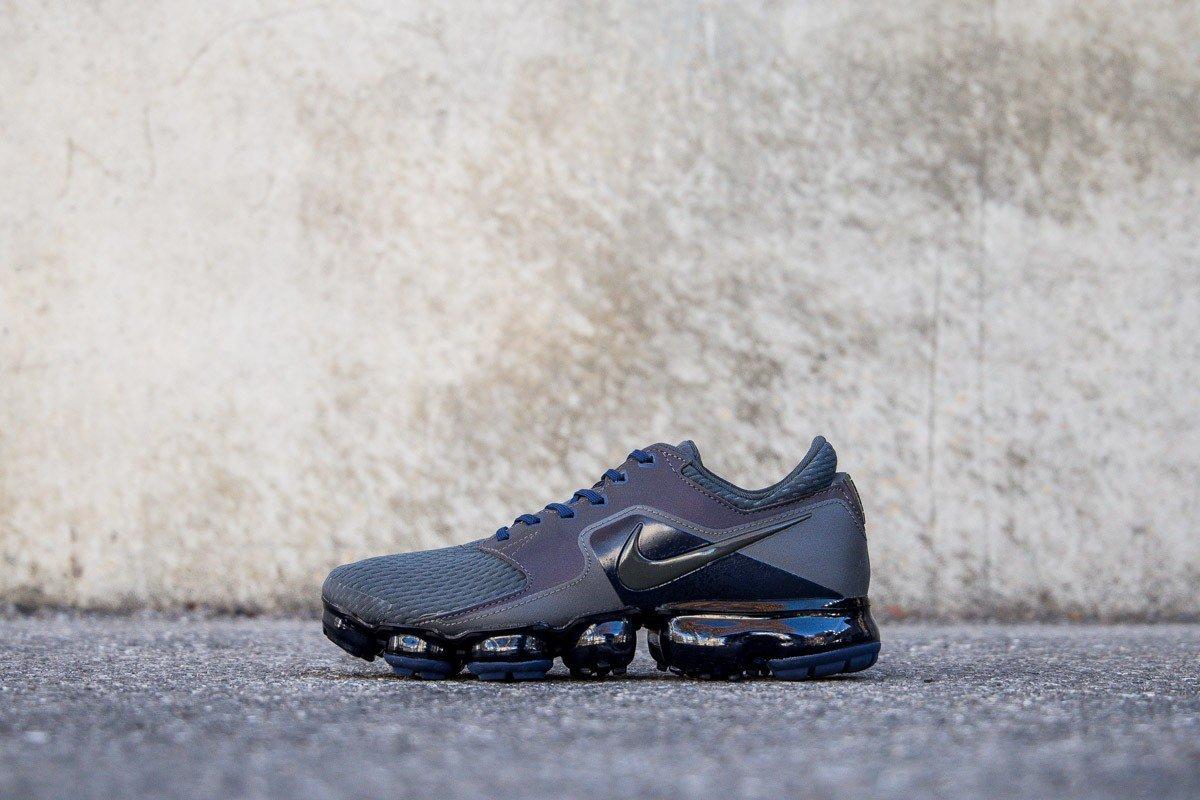 82f35087ca8d ... New NIKE AIR VAPORMAX GS MIDNIGHT FOG 917963-007 Instore and online ...  Nike Huarache Run - Boys Grade School - All Black ...