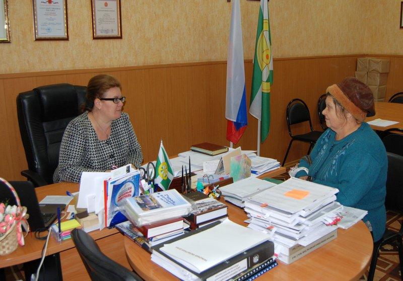 Марина Карташова провела прием жителей по личным вопросам