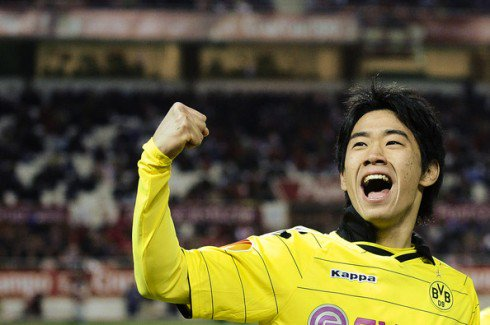 Shinji Kagawa made his 200th appearance for Borussia Dortmund yesterday. What a player he has been for the Black and Yellows!!  #BVB <br>http://pic.twitter.com/9XdWSk9YrB