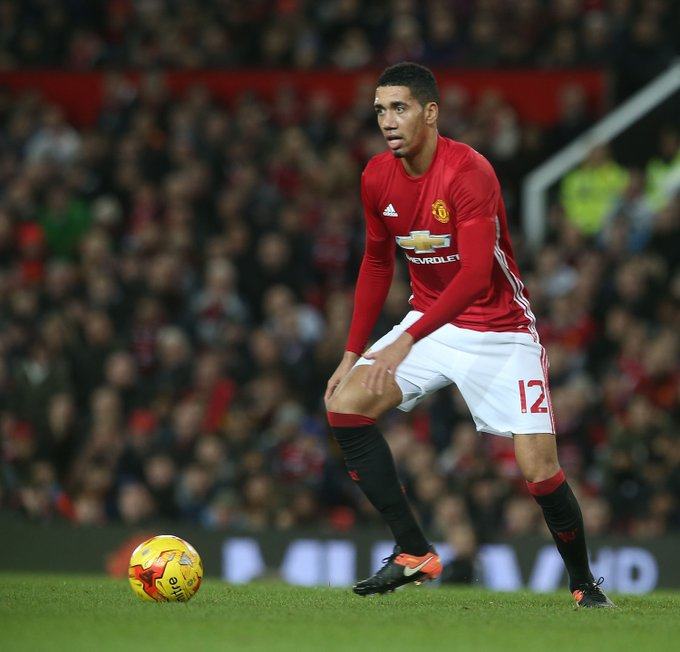 Happy Birthday to Chris Smalling and Marouane Fellaini!