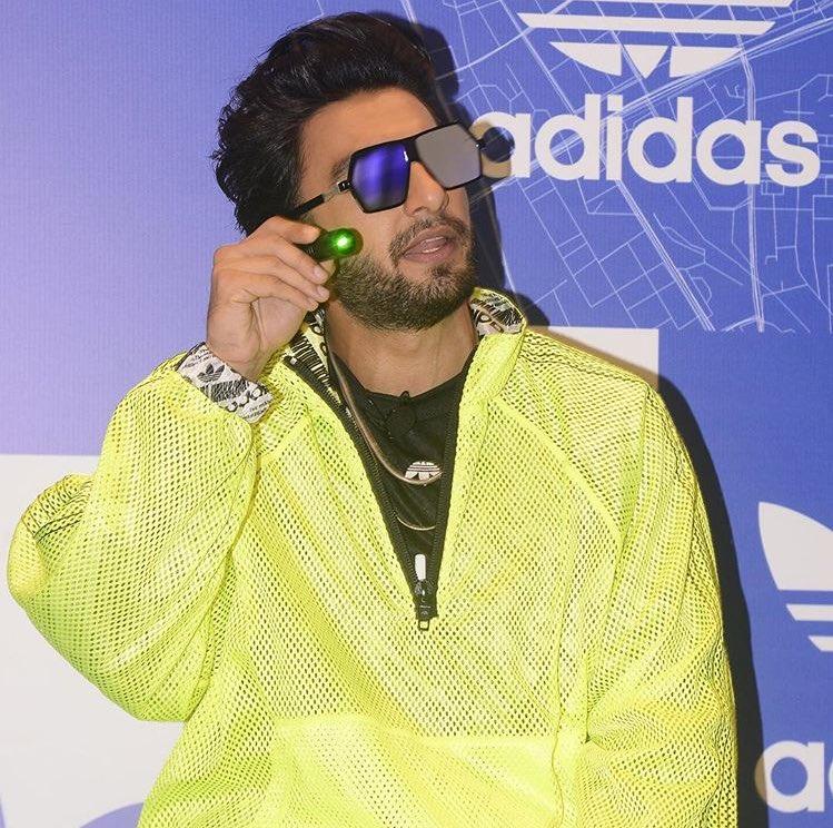 adidas originals exclusive store linking road khar