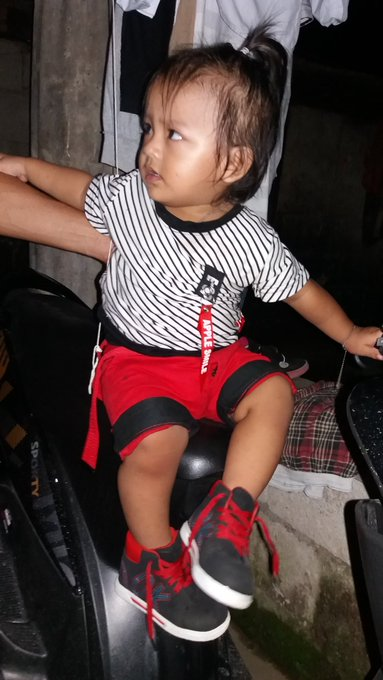 Ang sungit ni birthday boy, ayaw papicture! Happy 1st birthday baby kyle! love u