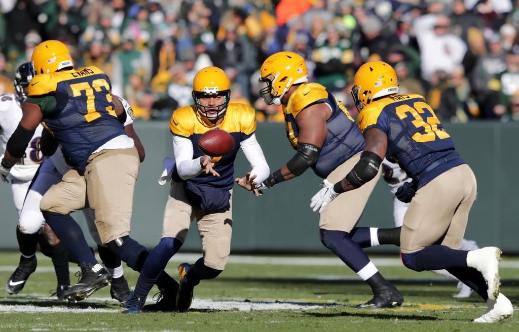 #GreenBayPackers #Packers #GoPackGo  Packers Morning Buzz: Helping.. #GBPackers #GreenBay  http:// dld.bz/gvaHV  &nbsp;  <br>http://pic.twitter.com/XDCLgKqKas