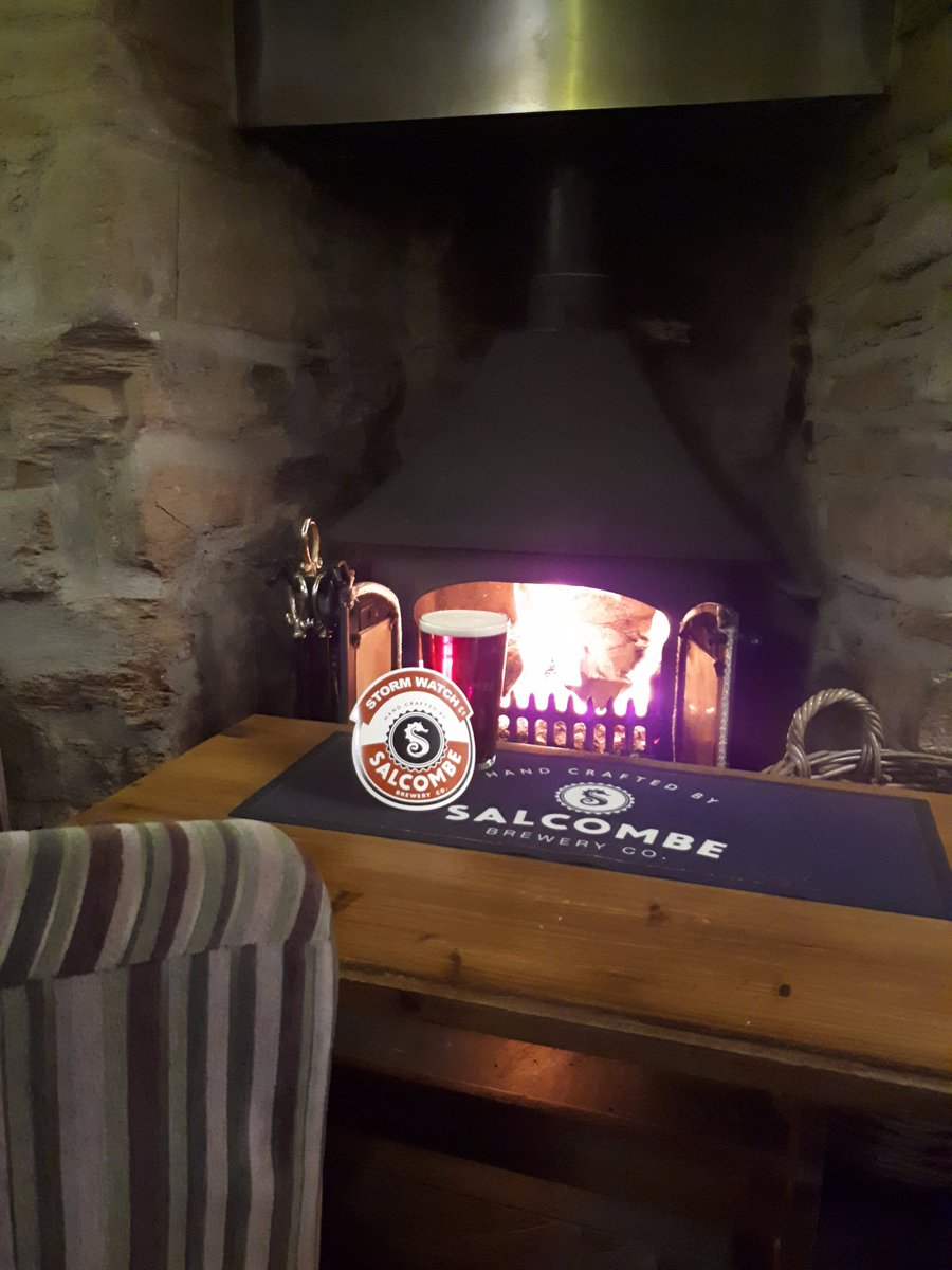 Bit of a storm passing through #Dartmoor right now, we're doing a good job of Storm Watching in front of the fire with a pint or 2 from @SalcombeBrewery! While the hound is enjoying a @SnuffleDogBeer ! #Dartmoor #woofwoofwednesday #dogfriendly https://t.co/2CyutnFEAL