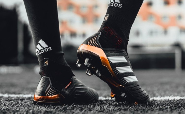 AWESOME: The brand new @AdidasFootball Predator 18+ boots. 😍🔥 https://t.co/g5BJb76Kzi