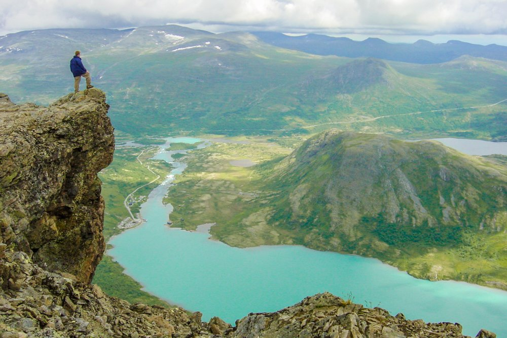 15 Breathtaking Views That Will Make You...