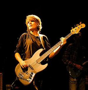 Happy Birthday Today 11/22 to Talking Heads co-founder/bassist Tina Weymouth. Rock ON!