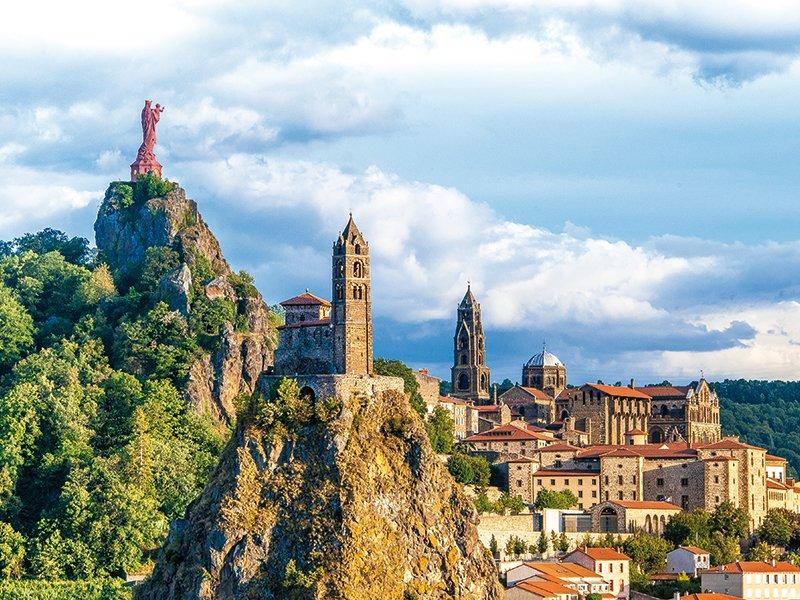 Comment Laurent #Wauquiez arrose sa commune du Puy-en-Velay depuis le conseil régional. https://t.co/B3pexyMHAY Par @MediacitesLyon