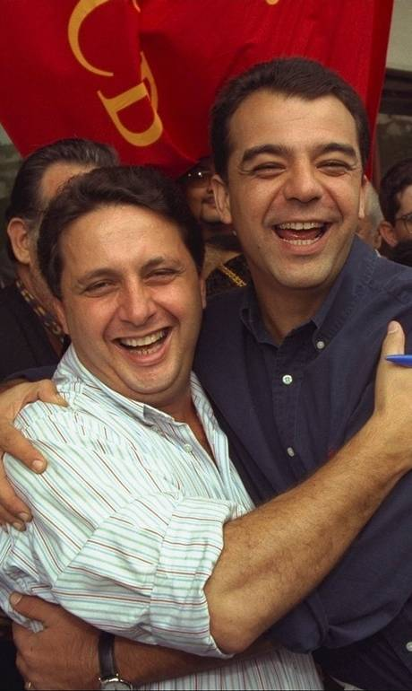 @policiafederal Análise: Garotinho, Cabral e Picciani: o que a política separou, a Lava-Jato voltou a unir.https://t.co/xe0Qh29GG5  https://t.co/xO