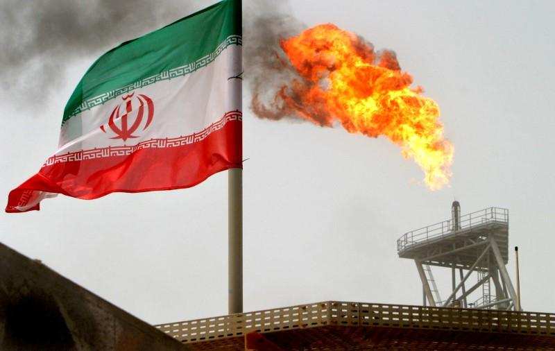Iran pushes to retain Asia oil buyers as possible U.S. sanctions loom https://t.co/k9sMQvXk2Z https://t.co/mTO5gKSkem