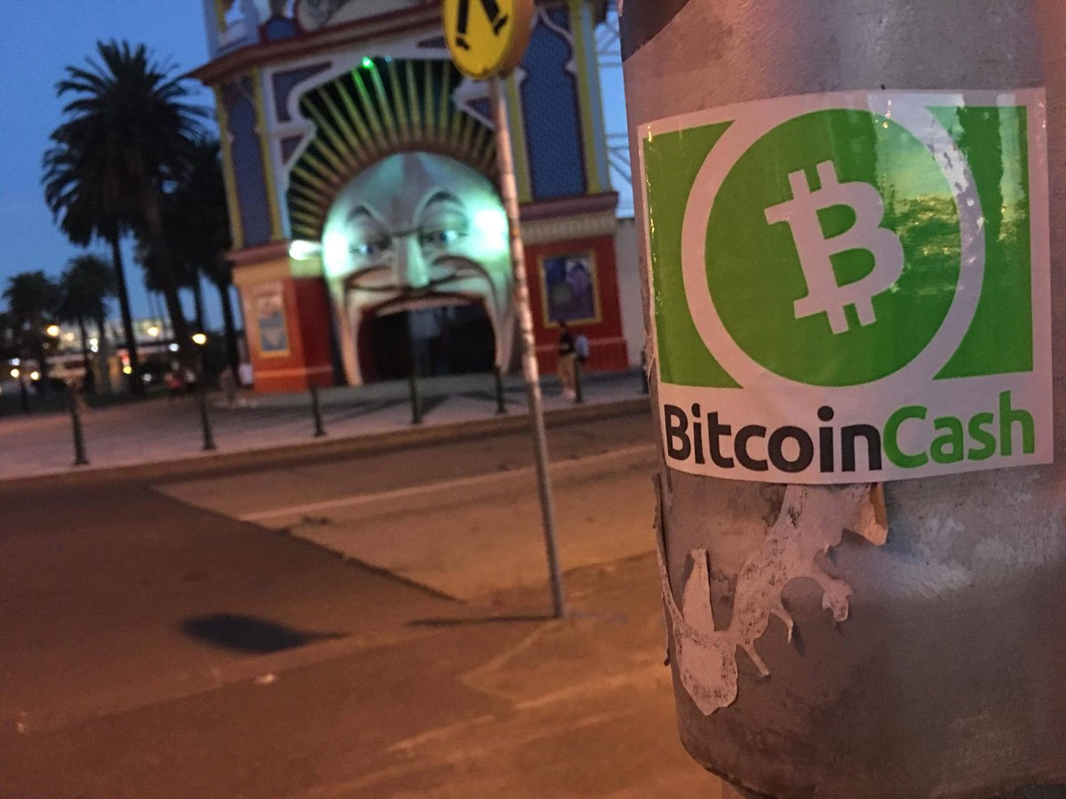 BitcoinCash gains popularity in Melbourne! #BitcoinCash is #bitcoin upgraded as peer-to-peer electronic #cash #money <br>http://pic.twitter.com/MevAFurw4f