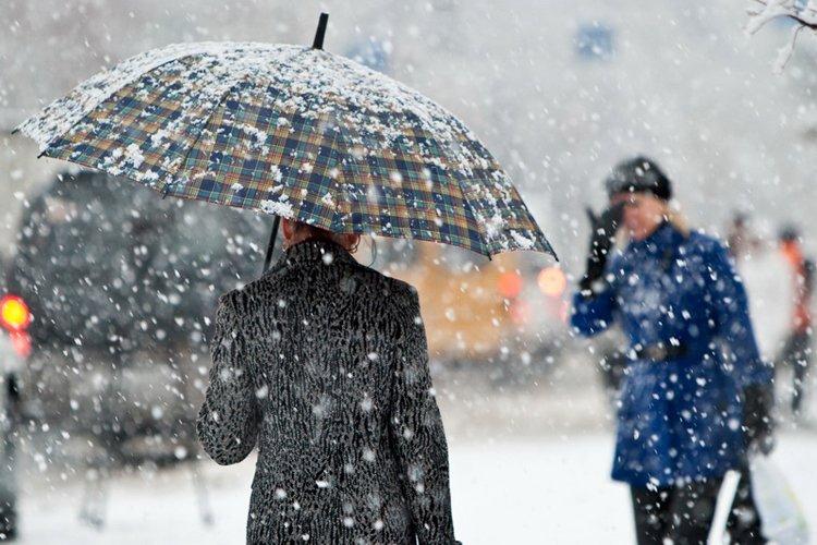 Погода на 23 листопада: мінлива хмарність, місцями мокрий сніг