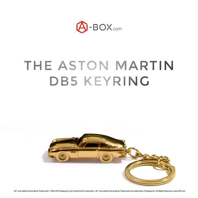 Bond Lifestyle على تويتر Revealed Gold Aston Martin Db5 Keyring And Spectre Cufflinks Are Part Of The A Box James Bond Collectors Box Https T Co Vu6exz5cfr Https T Co Qdcqg3swth