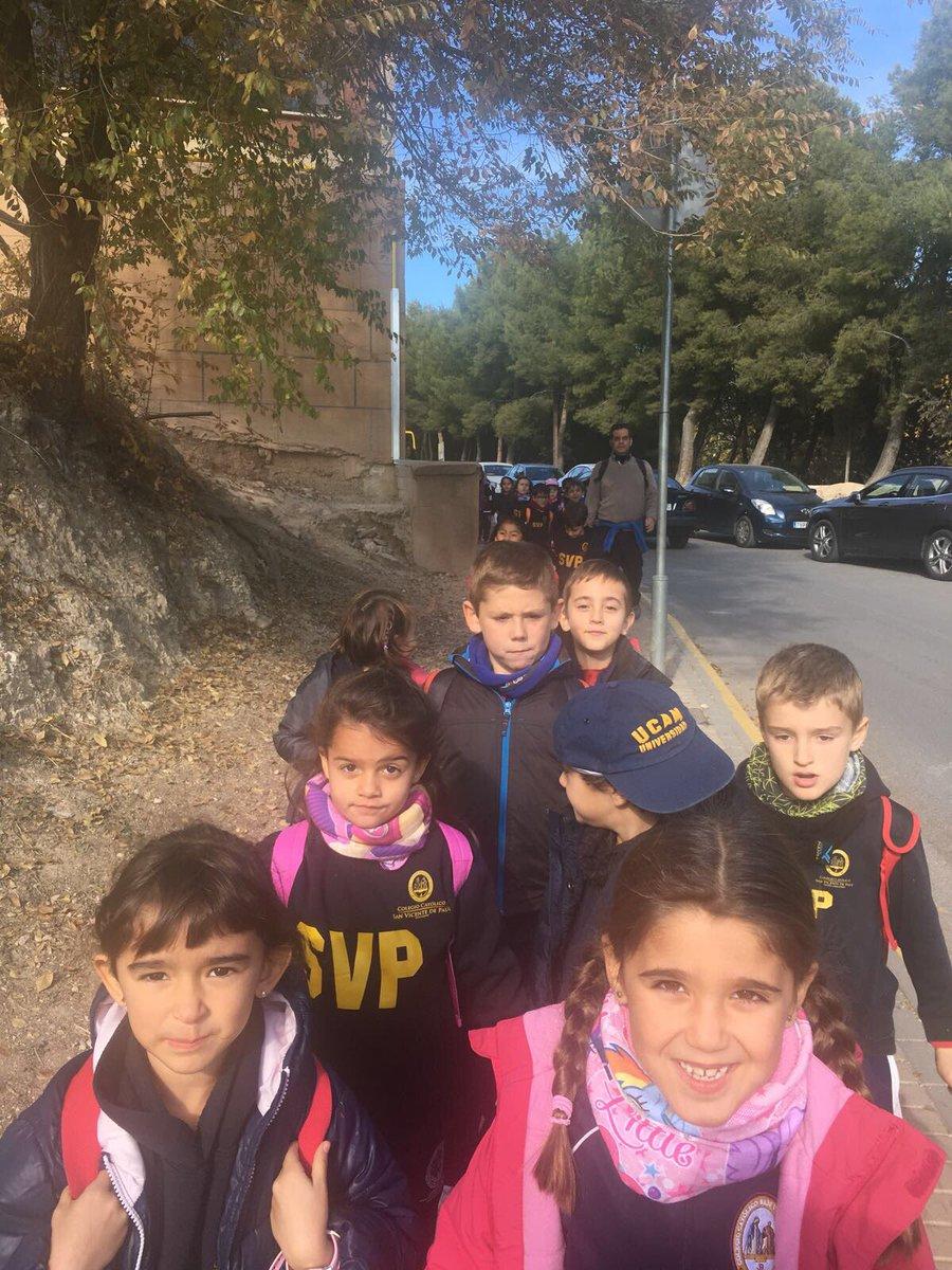 Nuestros alumnos de Primer Tramo realizan hoy su peregrinación hasta la Basílica de la Vera Cruz. https://t.co/qa4tj6Vz2z