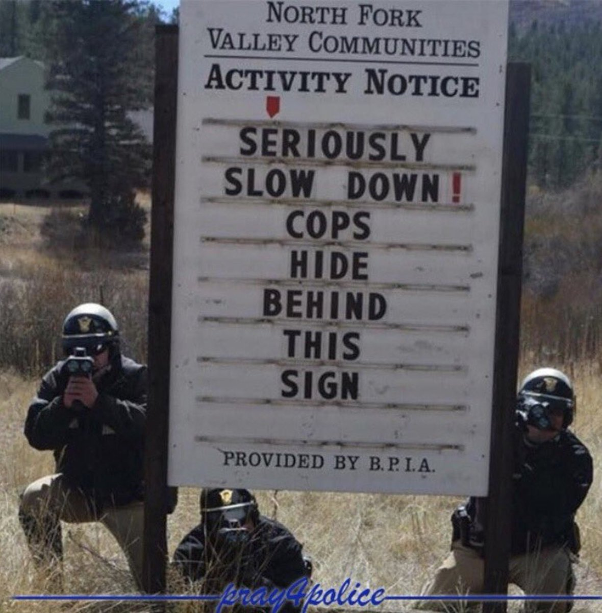 #GoodMorning! Seriously! #ArriveAlive this #ThanksgivingEve. No #DUI, speeding, road rage, etc. #BeThankful and gracious. #MoveOver #BeSafe, Blue!  ~M <br>http://pic.twitter.com/d9eHpgl2ps