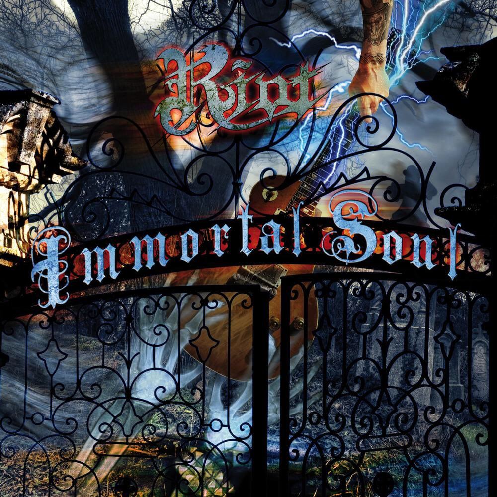 "Nov 22nd 2011 @RiotVMetal released the album ""Immortal Soul"" #StillYourMan #Crawling #FallBefore #WingsAreForAngels #Insanity #WhiskeyMan #HeavyMetal   Did you know... It is the last album featuring long-time guitarist Mark Reale.<br>http://pic.twitter.com/r9tRUjbfKk"