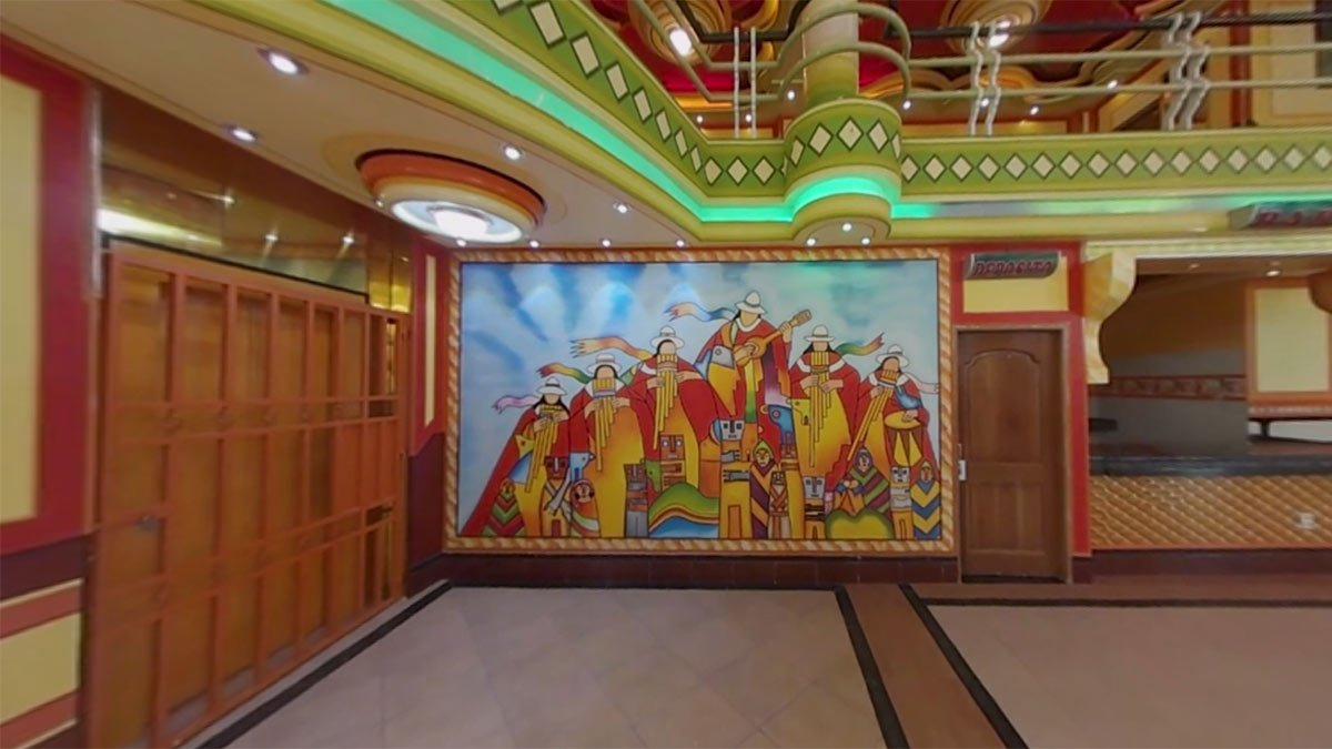 ... que l lidera. Bien!!!  https://www.nytimes.com/video/arts/design/100000005557159/mamani-bolivia-psychedelic-dream-homes.html  pic.twitter.com/tPq9cjfwNS