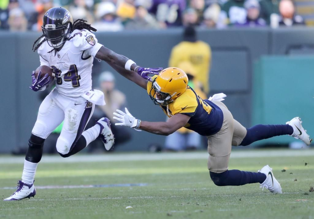 #GreenBayPackers #Packers #GoPackGo  Power Rankings: Packers find .. #GBPackers #GreenBay  http:// dld.bz/gvbxj  &nbsp;  <br>http://pic.twitter.com/vF46TCPGWt