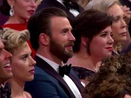 Chris Evans News On Twitter Throwback Scarlett Johansson And Chris Evans At The 89th Annual Academy Awards 2017 Credits To The Owner Of This Photo Happybirthdayscarlettjohansson Https T Co F8k40552dr