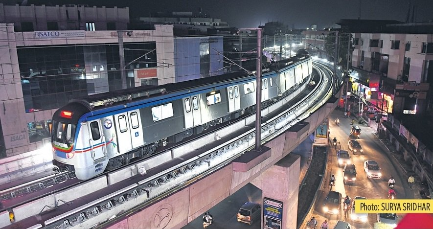 #Hyderabad Metro&#39;s Hyundai Rotems spotted conducting service trials at night throughout the 30 km Line-1 &amp; Line-3&#39;s routes - <br>http://pic.twitter.com/CzeUsH0p4s