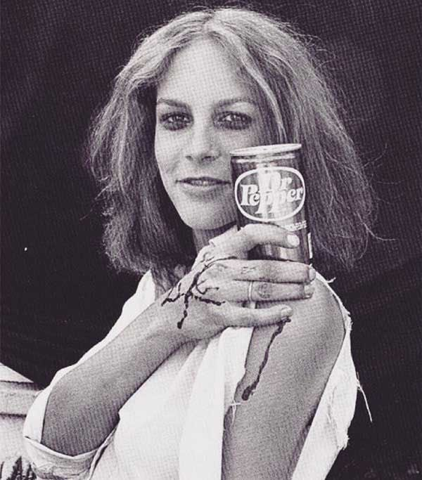 A very happy birthday to Jamie Lee Curtis, who we love (obviously)!