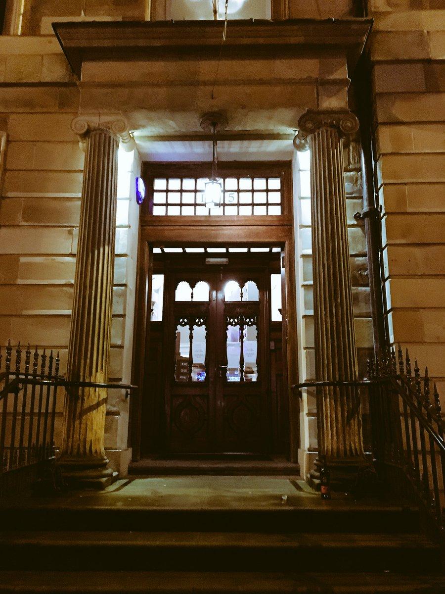Tonight we are sampling our @GlenScotiaMalts and @LochLomondMalts in @GlasgowArtClub #Glasgow #neverfollow @InvMorton<br>http://pic.twitter.com/NAnMq9lr2q