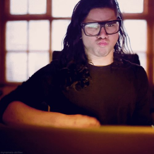 When the bass drops like... #Skrillex #EDM #_EDM_FAMILY_ #DJ #djlife #picoftheday #GoodVibes #goodtimes #Twitter #black #lmao #havefun #funny #owsla #Dubstep #trap #trapmusic #Instagram<br>http://pic.twitter.com/3QJePNz19Y