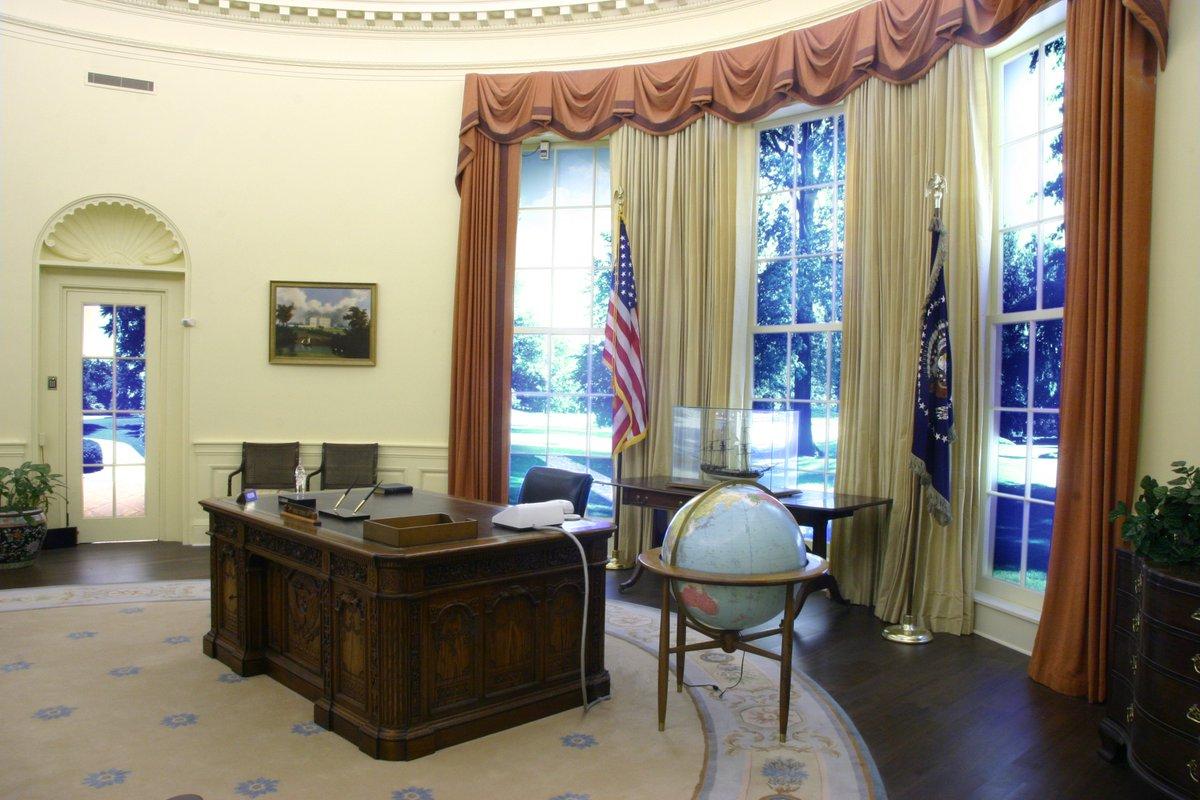 jimmy carter oval office. 10:55 AM - 22 Nov 2017 Jimmy Carter Oval Office
