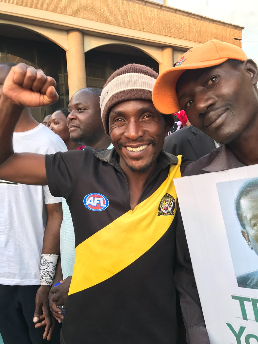 RT @sallyjsara: You can run, but you can't hide.  Richmond Tigers fan in the crowd.  #harare #zimbabwe @AFL https://t.co/DfhsIVS36r