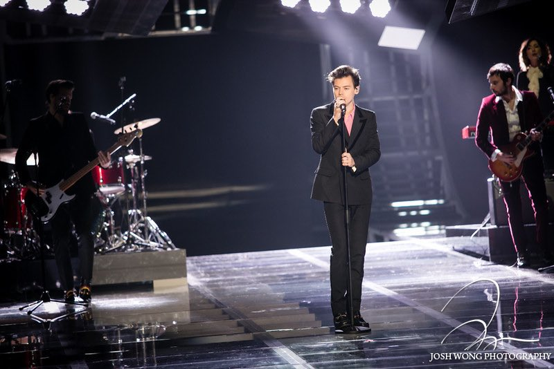 #New | Harry performing at the Victoria's Secret Fashion Show, 11/20. (via  http:// proofs.joshwongphotography.com/Events/Victori as-Secret-Fashion-Show-2017-Shanghai-China/ &nbsp; … )<br>http://pic.twitter.com/tdBhP22VYo