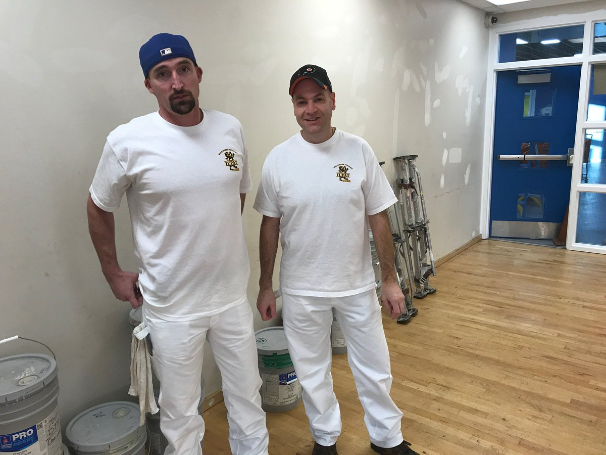 @IUPAT_DC5 Volunteering with repairs and paint at the Mt. View, Anchorage, Alaska Boys an Girls Club. #Community #1U #UnionStrong #HelpOthers #Unity<br>http://pic.twitter.com/rXoIQyKZh7