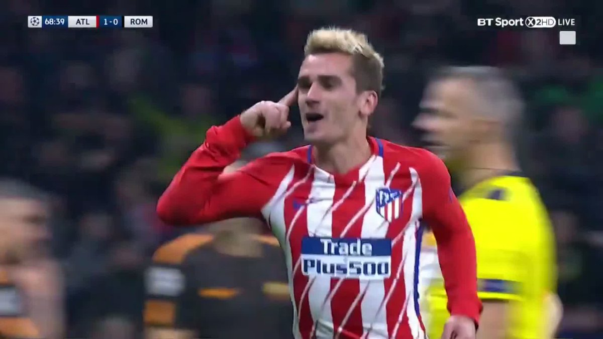TEKKERS: @AntoGriezmann with this stunning bicycle kick for @Atleti. 😱🚲🔥 (🎥 @btsportfootball)  https://t.co/o2UgXpnumE