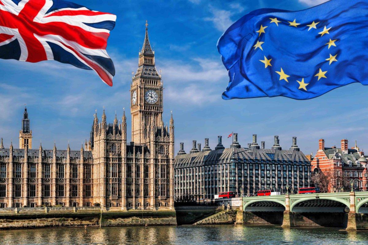 RT @RevistaSumma: #Reino_Unido reduce sus previsiones de crecimiento por el #Brexit https://t.co/t9gBO4Iku1 https://t.co/XfdVYwA8dD