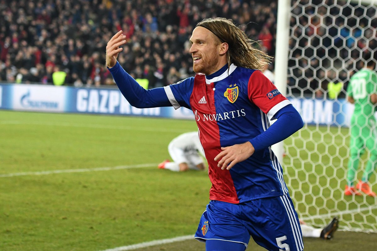 Basel 1-0 Manchester Unied Highlights